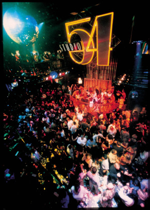 Photo-studio-54-MGM-Grand-Crowd-shot-las-vegas